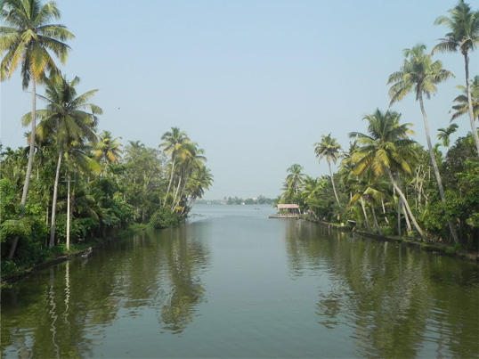 kuttanad-backwaters