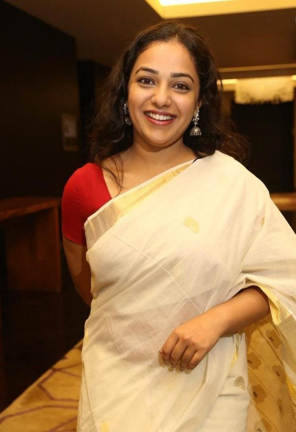 Actress Kerala Traditional Dress (3)